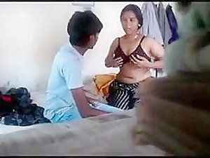 DESI BHABHI ENJOYING WITH junior DEVAR