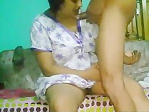 Indian beautifully mature aunty fucked with little gay